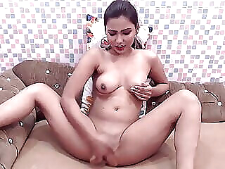 Indian Mahi, Webcam babe fingering mature
